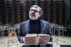 Miltos Yerolemou in The String Quartet's Guide_c Robert Day(2)_preview